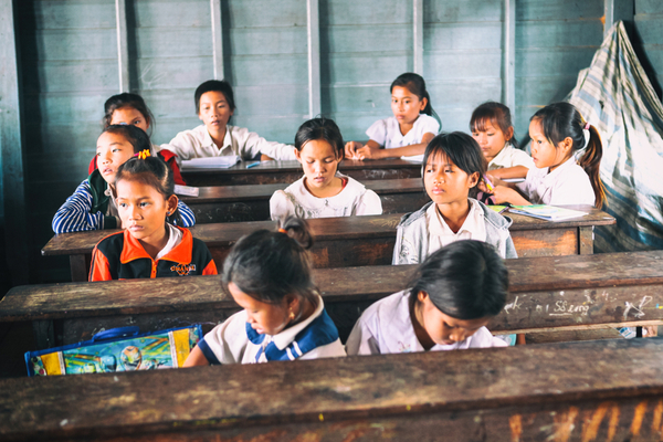 kids at school in cambodia