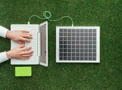 solar power a macbook