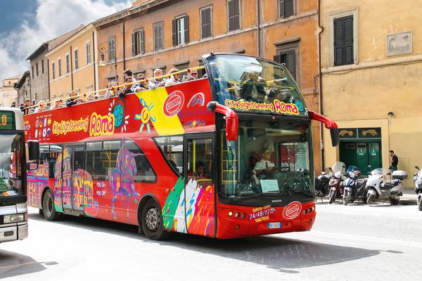 rome tour bus