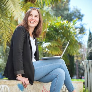 Jobs That Will Pay You While Traveling Abroad