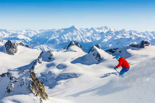 The Top 5 Ski Resorts of The French Alps for 2018
