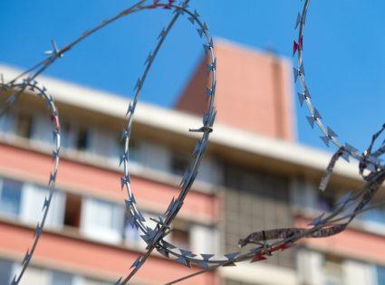 barbwire peru prison